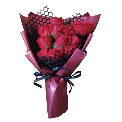 Букет цветов из мыла, красные розы 38 см