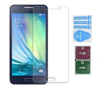 Защитное стекло для Samsung Galaxy A5 2015 (вид - 2.5D, в комплекте салфетка и стикер)