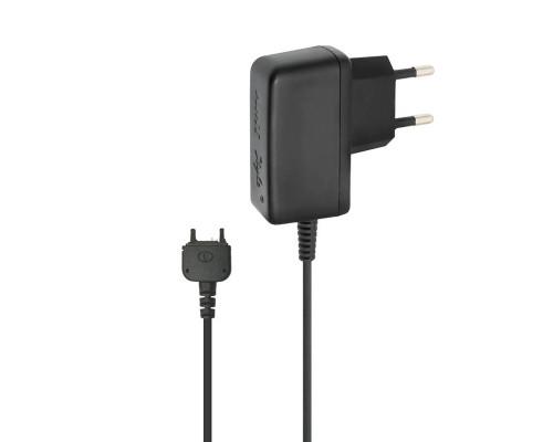 Сетевое зарядное устройство AMT для телефона Sony Ericsson K750i