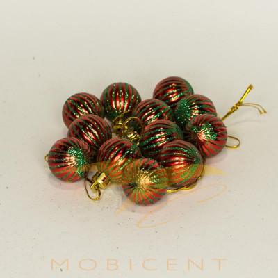 Набор елочных игрушек в виде шариков красных 12 шт
