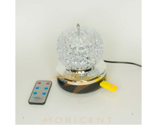 Лампа шар музыкальный создает новогодний свет