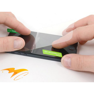 Установка защитного стекла на планшет